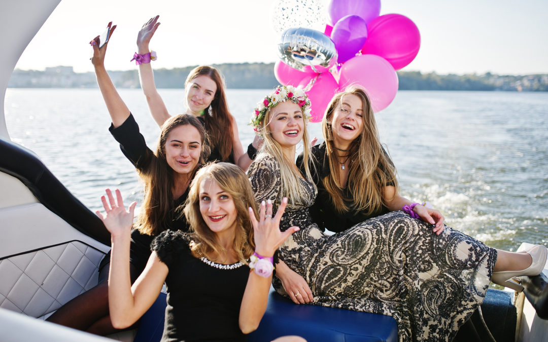 How to Make your Pontoon Boat Rentals suitable for Bachelorette Parties